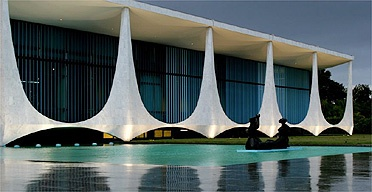The Brazilian Palacio da Alvorada (Palace of the Dawn), 1957-1958