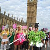 Lady Gaga lookalikes descend on Parliament to protest about Smithfield Market