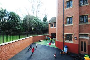 St Luke's Church of England School by Curl la Tourelle