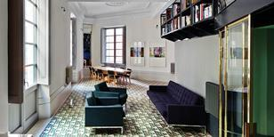 David Kohn Architects' Carrer Avinyo apartment, Barcelona
