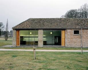 Manor Farm Barns conversion by Jonathan Hendry Architects