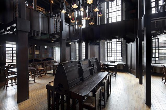 Mackintosh library before the fire